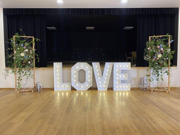 Napis love wesele ślub osiemnasta podswietlane rydzyna leszno góra