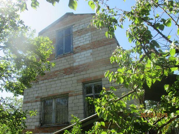 Дачный участок с виноградником,дом.