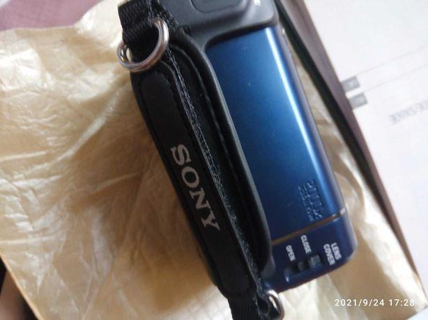 Видеокамера новая CONY