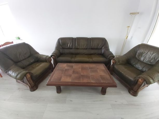 Meble skórzane kanapa fotele stół