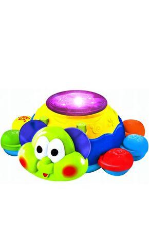 Uciekająca interaktywna zabawka - Gonię Cię
