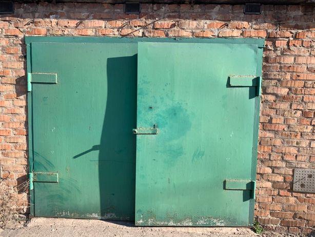 Гаражные ворота 2410 х 1970