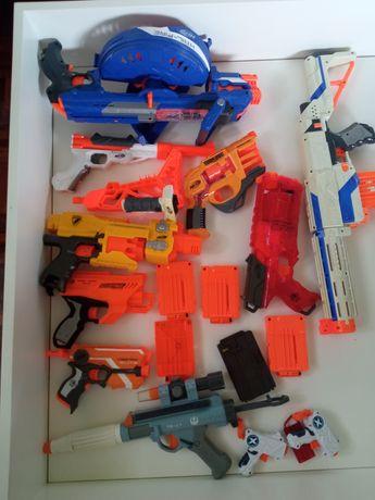 Armas Nerfs e outras