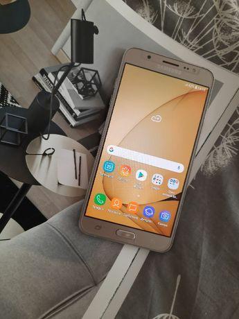 Samsung j710 в идеальном состоянии.