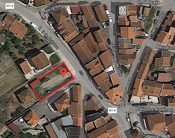 Aluguer Terreno Urbano para Negócio - Alenquer