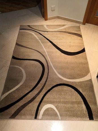 Carpete bege e castanha 160cm*230cm