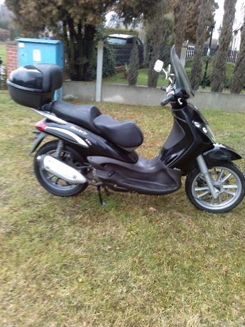 Piaggio beverly 250ie majesty Burgman transport malaguti x9