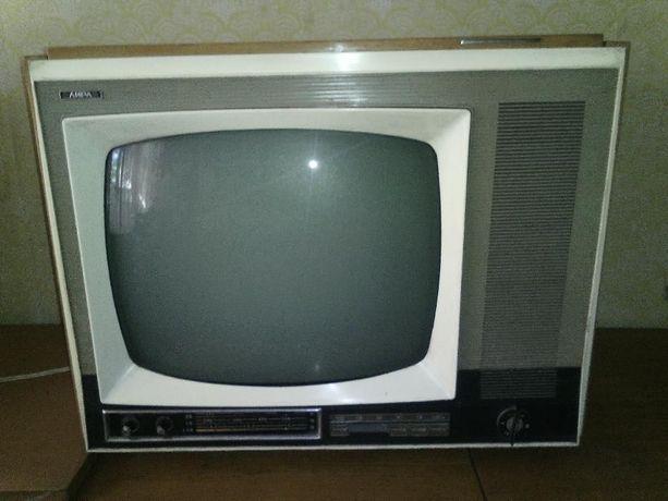 Продам телевизор Лира.