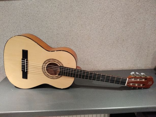 Gitara klasyczna 3/4 Elypse Kalina. Dobra gitara w dobrej cenie !!