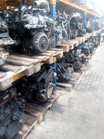 Пежо мотор двигун двигатель 106 205 206 306 309 405 406 605 партнер