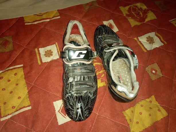 Sapatos de btt com