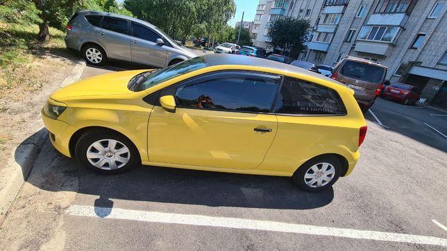 Продам Volkswagen Polo поло 2011 года