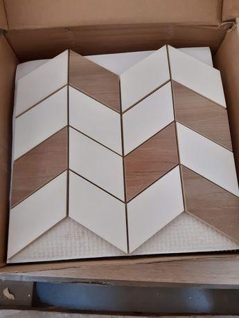 Płytka ścienna LOVE YOU NAVY biała half mozaika mat 29x29 gat. I