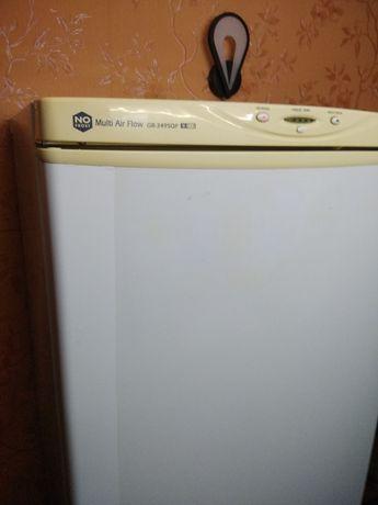 Продам холодильник LG