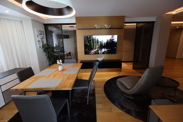 Квартира в новобудові поруч з парком Шевченка в центрі міста 169 кв.м