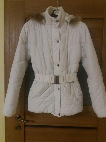 Biała kurtka damska