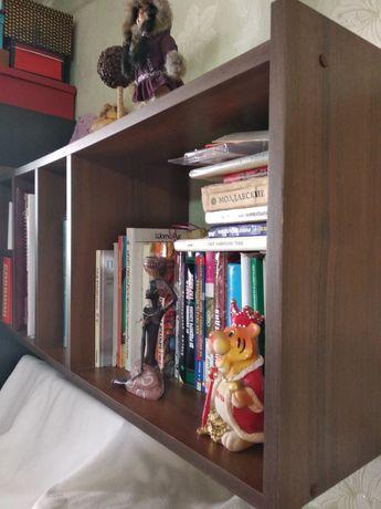 Книжная полка длина 1м