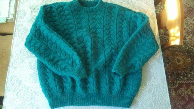 Szmaragdowy sweter bomberka rękodzieło