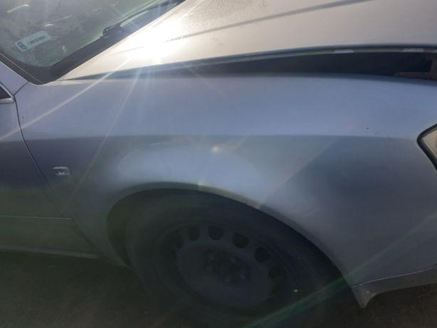 Audi a6c5 sedan Błotnik prawy przod ly7w