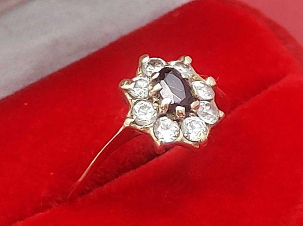 Złoty Pierścionek Kwiat Z Cyrkonii 1,88g 585 R14