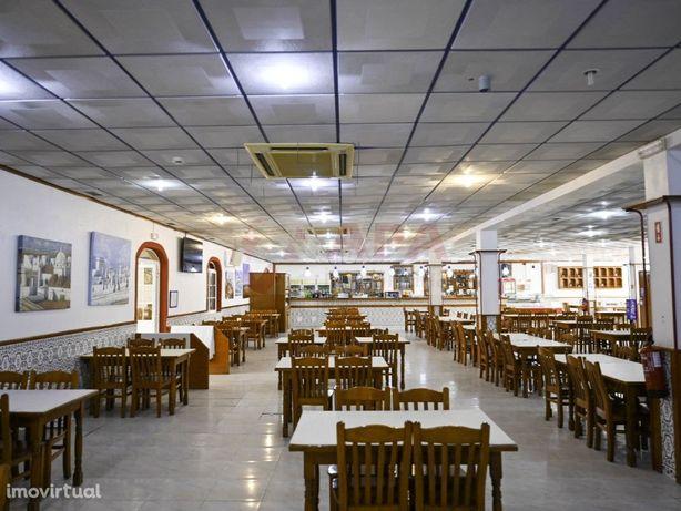 Restaurante / Churrasqueira pronto a funcionar em Olhão