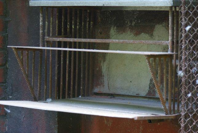 Wyposażenie gołebnika - Wylot dla gołębi