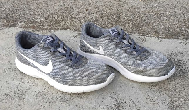 Sapatilhas Nike Flex Experience Rn7