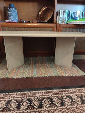 Mesa de centro de marmorite