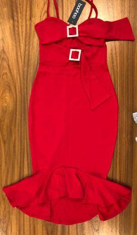 Czerwona sukienka MIDI z perłami - boohoo (nowa, z metką)