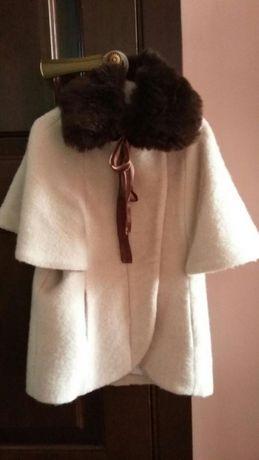 Стильное пальто для девочки. Рост 134.