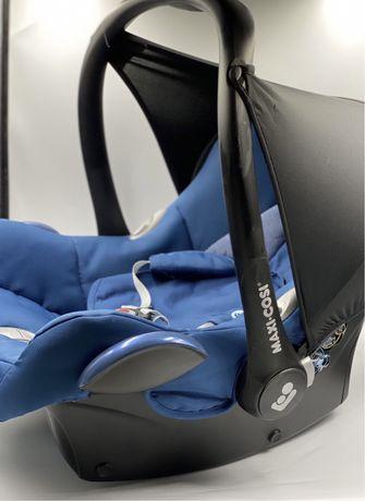 Автокоесло 0+ с адаптерами для коляски