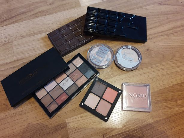 Zestaw kosmetyków inglot lovely makeup revolution bell