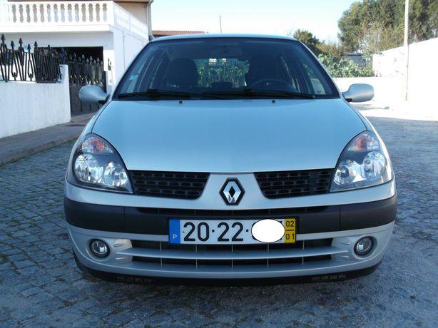 Renault Clio 1.2 16V. muito estimado
