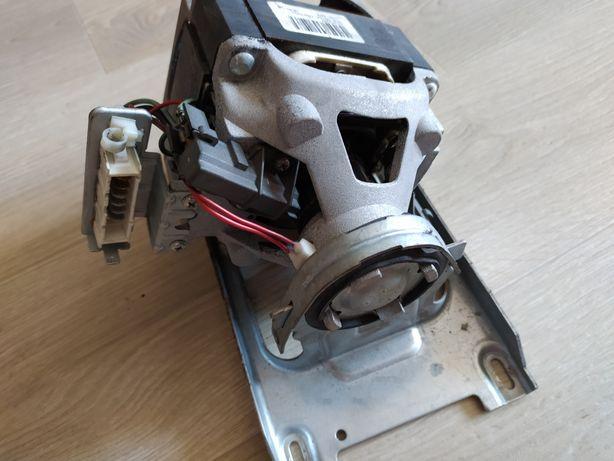 Двигатель к стиральной машине WHIRLPOOL