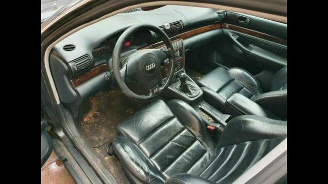 Komplet foteli kubełkowe Audi A4 B5 podgrzewane