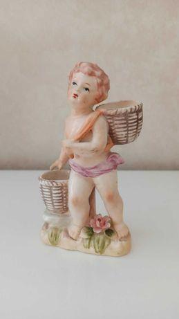 Керамическая статуэтка мальчик Путти.