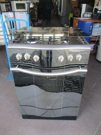 Kuchenka Amica gazowo-elektryczna