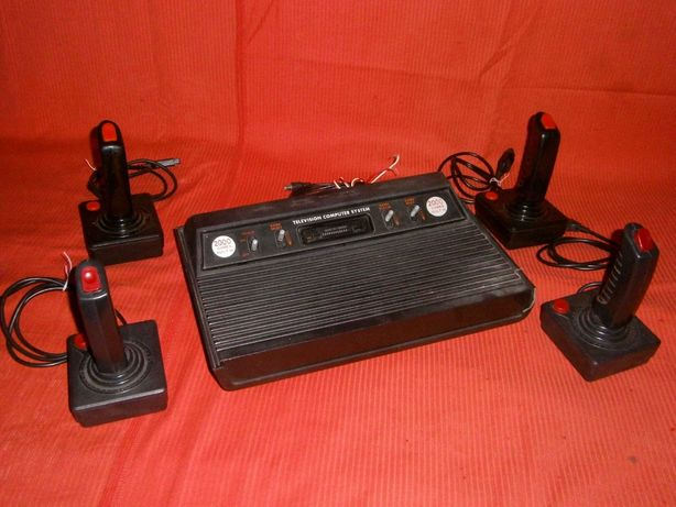 Игровая приставка Atari 2600 + джойстики