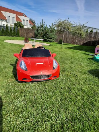 Ferrari California firmy Feber