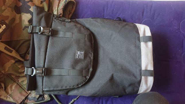 Plecak everVanz czarno-szary