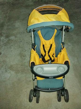 Vendo cadeira de bebé em razoável estado de conservação
