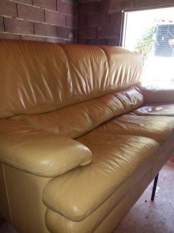 Vendo sofa em pele veje em bom estado