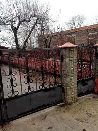Ворота з хвiрткою.