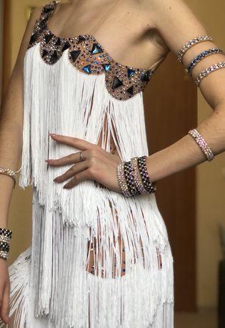 Платье для латиноамериканской програмы