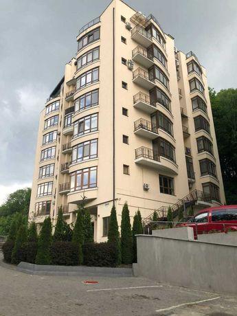 Продаж 4-х кімнатної квартири, вул В.Стуса, 37, 150 кв.