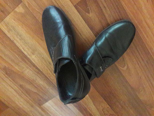 Туфли детские 32 размер - кожзам