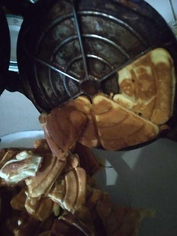 Форма для випічки пряників горішків
