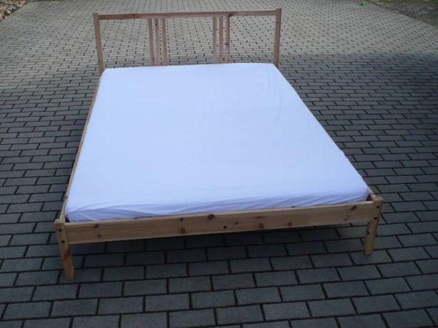 łóżko sosnowe z materacem 140x200cm, IKEA, mozliwy transport