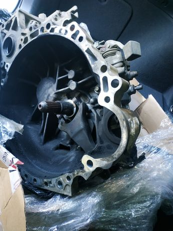 Коробка передач Toyota Avensis T25