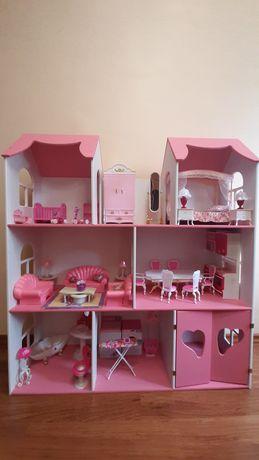 Деревянный домик с мебелью для кукол ЛОЛ и Барби.